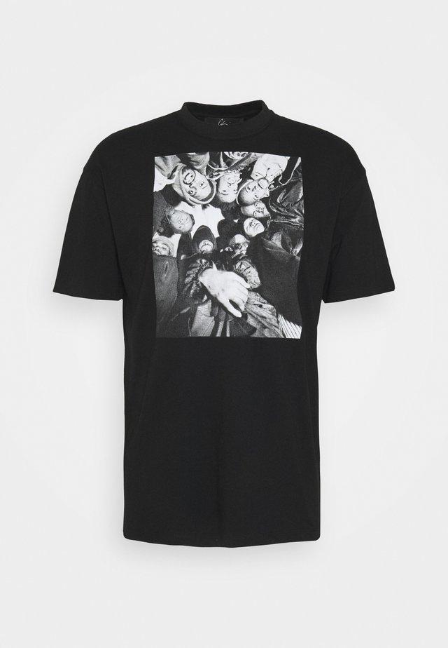 DONNA BILL - T-shirts med print - black