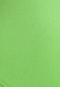 Missguided - FESTIVAL EXCLUSIVE ONE SHOULDER BODYSUIT - T-shirt à manches longues - green - 2