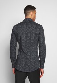 OLYMP - OLYMP NO.6 SUPER SLIM FIT  - Formal shirt - schwarz - 0