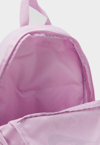 Nike Sportswear - NIKE ELEMENTAL - Schooltas set - light arctic pink/black - 2