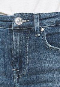 ONLY - ONLPOWER PUSH UP DESTROY - Jeans Skinny Fit - medium blue denim - 4