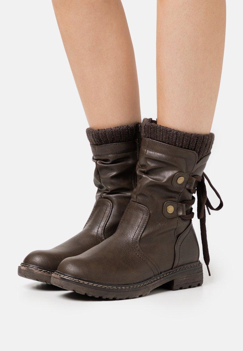 Anna Field - Botas con cordones - dark brown