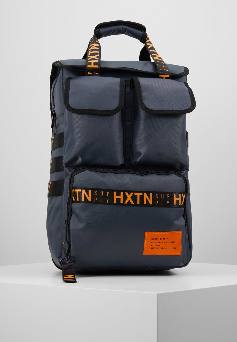 HXTN Supply - UTILITY TRAVELLER - Rucksack - charcoal