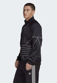adidas Originals - BIG TREFOIL OUTLINE TRACK TOP - Training jacket - black - 2