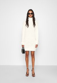 Missguided - ROLL NECK BASIC DRESS - Gebreide jurk - off white - 1