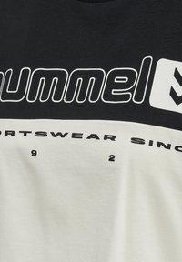 Hummel - T-shirts print - black - 4