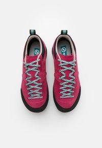 Scarpa - KALIPÈ - Hiking shoes - red rose/jade - 3