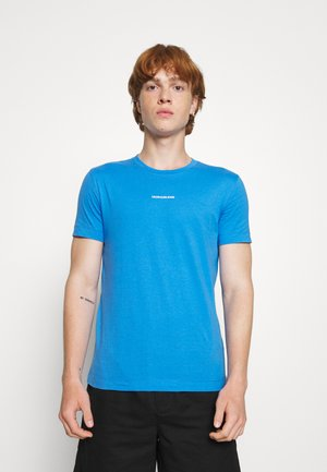 MICRO BRANDING ESSENTIAL TEE - T-shirts - blue