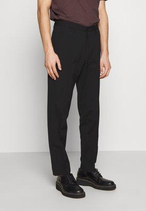 WILLIAM TROUSER - Trousers - black