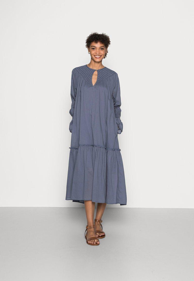 Ilse Jacobsen - DRESS - Day dress - stone gray