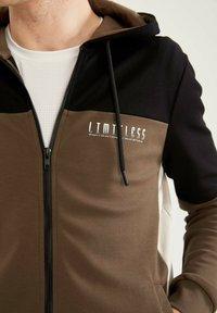 DeFacto Fit - Zip-up sweatshirt - khaki - 4