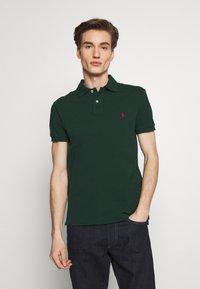 Polo Ralph Lauren - SHORT SLEEVE KNIT - Poloshirts - college green - 0