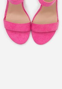 New Look - VIMS - Korolliset sandaalit - bright pink - 5