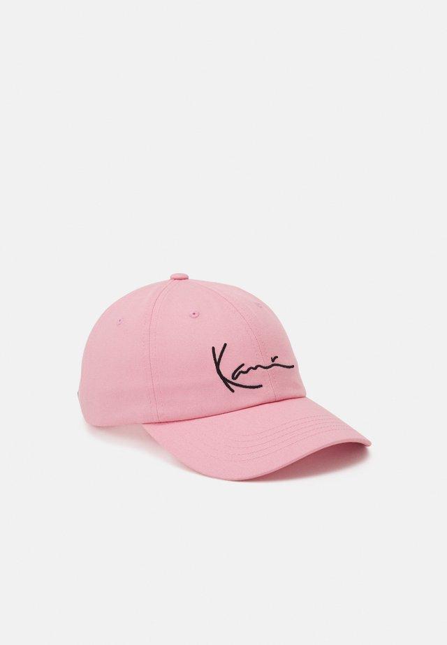 SIGNATURE UNISEX - Cappellino - rosé