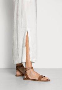 Marc O'Polo - DRESS RELAXED TANK STYLE V-NECK SLITS - Maxi dress - cotton white - 3