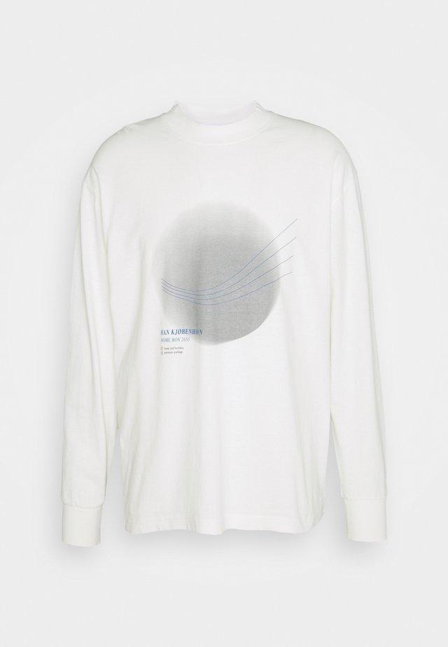BOXY  - Longsleeve - off white