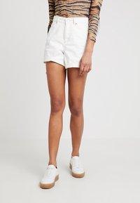 Topshop - ROLL HEM MOM - Denim shorts - white - 0