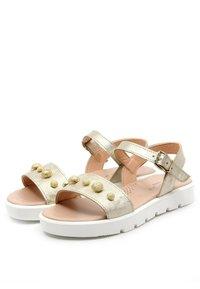 CLARYS - METALIZADA PLATINO - Sandals - oro - 1