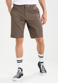 Volcom - FRICKIN MODERN - Shorts - mushroom - 0