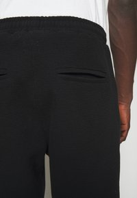 oftt - TROUSERS - Pantalon classique - black - 3