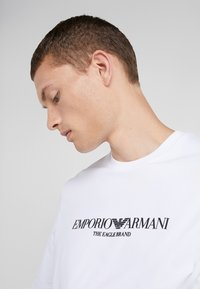 Emporio Armani - Felpa - bianco ottico - 3