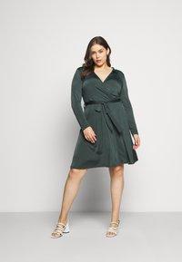 Anna Field Curvy - Jersey dress - dark green - 1