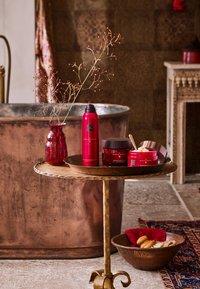 Rituals - THE RITUAL OF AYURVEDA FOAMING SHOWER GEL - Shower gel - - - 2