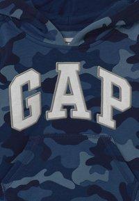 GAP - TODDLER BOY LOGO  - Bluza z kapturem - blue - 2