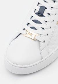 MICHAEL Michael Kors - COLBY  - Sneakersy niskie - navy - 6