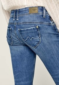 Pepe Jeans - Jeansy Slim Fit - blue - 4