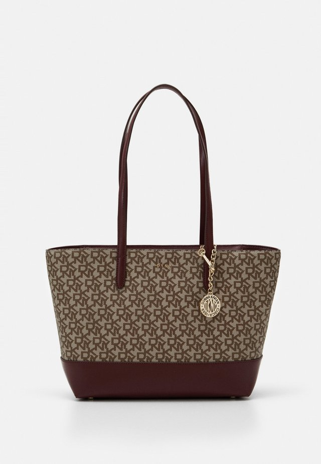 POLLY HOBO SUTTON - Shopping bag - chino/aged wine