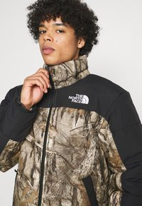 The North Face - HIMALAYAN INSULATED JACKET - Veste d'hiver - kelp tan forest floor - 3