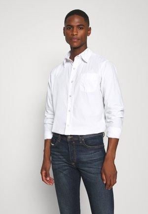 MARTIN - Shirt - white