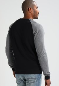Pier One - Sweatshirts - grey melange/black - 2