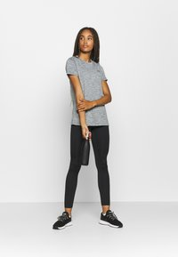 Under Armour - TECH TWIST - Basic T-shirt - pitch gray - 1