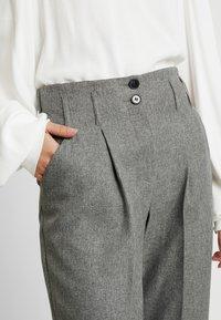 Dorothy Perkins Tall - SAVANNAH PEG LEG TROUSER - Pantalones - grey - 5