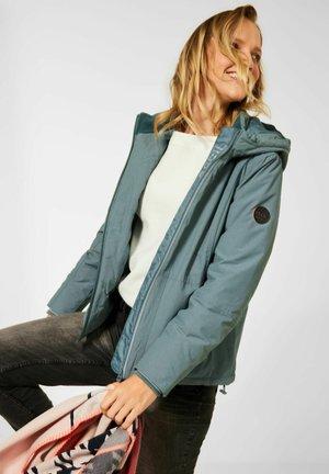 MIT KAPUZE - Outdoor jacket - grün