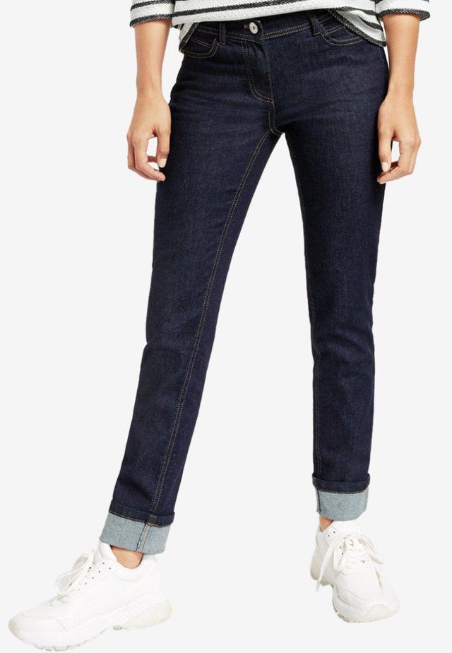 MIT SAUMAUFSCHLAG  - Slim fit jeans - blue denim