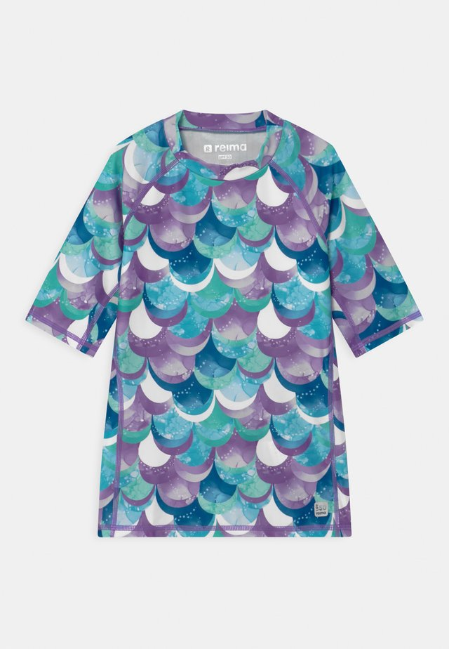 SWIM JOONIA AQUATIC - Surfshirt - aquatic