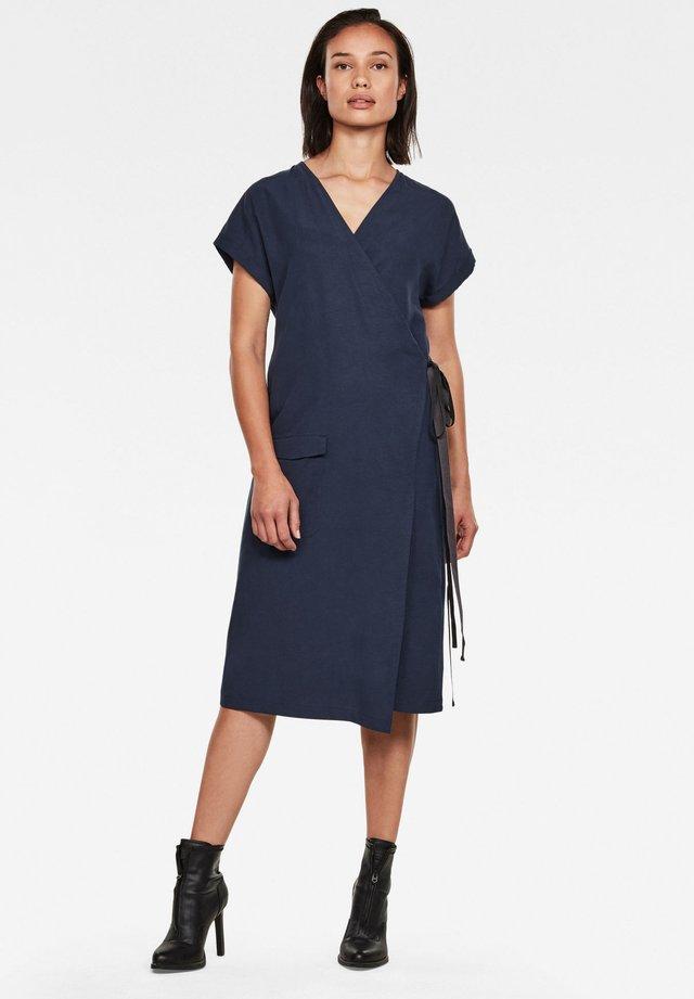 WRAP - Korte jurk - sartho blue