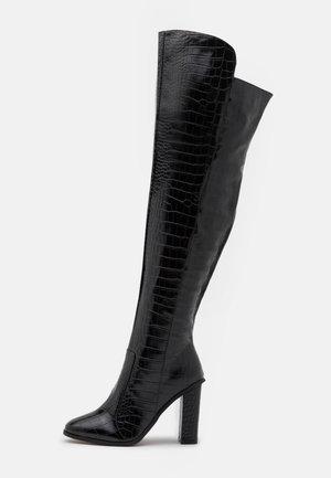WIDE FIT CYNTHIA - Kozačky nad kolena - black