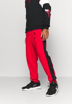 NBA CHICAGO BULLS COURTSIDE PANT - Club wear - university red/black