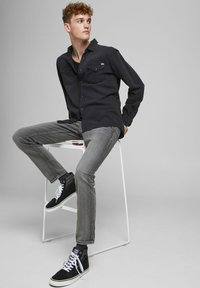Jack & Jones - Slim fit jeans - black denim - 3