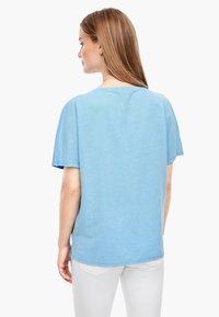 s.Oliver - Basic T-shirt - light blue - 2