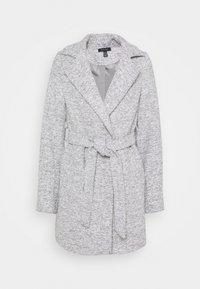 New Look - ALICIA BELTED FUR COLLAR COAT - Classic coat - light grey - 1