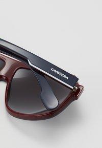 Carrera - Solglasögon - dark blue/red/white - 2
