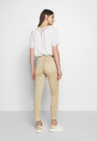 Opus - ELMA FRESH - Jeans Skinny Fit - soft ginger - 2
