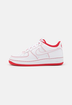 AIR FORCE 1 UNISEX - Sneaker low - white/university red