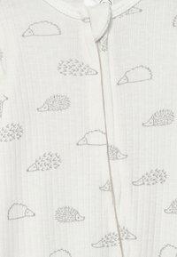 Cotton On - BUNDLE ROMPER BLANKET AND BEANIE SET UNISEX - Čepice - milk hedgehog - 2