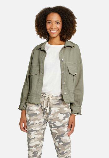 Denim jacket - oliv